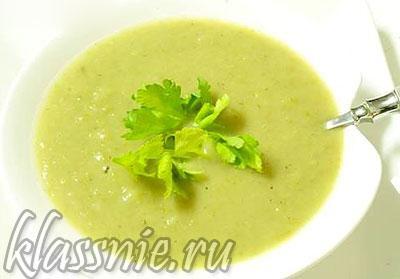 Густой суп из сельдерея