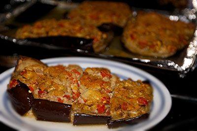 Печеные баклажаны с грибами