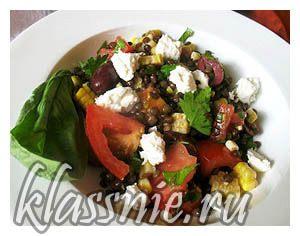 Чечевичный салат с сыром Фета