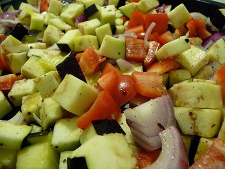 овощи нарезать кубиком