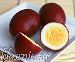 отварные яйца в крутую с соевым соусом