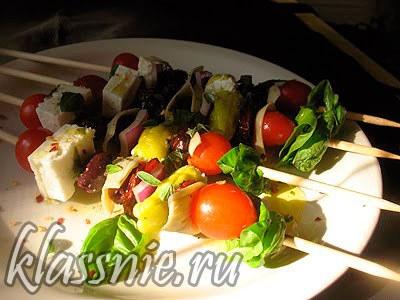 Греческий салат с вялеными помидорами — пошаговый рецепт