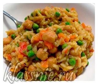 Нут с рисом и овощами