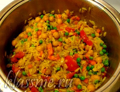 Рис с нутом и овощами