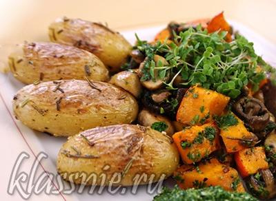 Тыква с грибами и картофелем