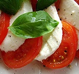 Моцарела с томатами