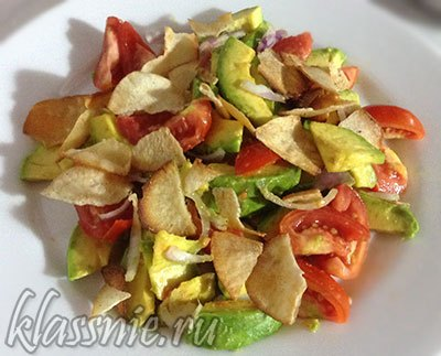 avokado-chips-salad-01