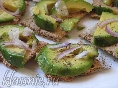 Хлебцы с авокадо
