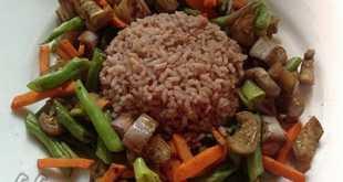 Рис с баклажанами и фасолью