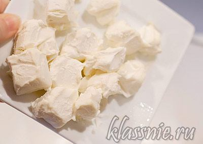 Сливочный сыр к чесноку