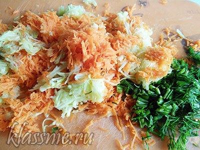 Морковь с кабачком и зеленью