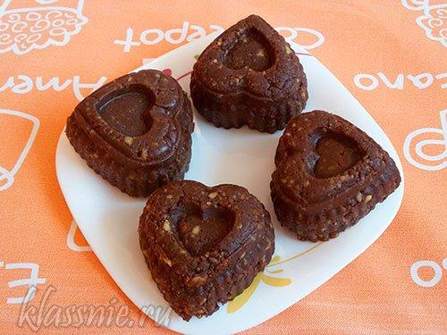 Шоколадная колбаса с печеньем и молоком