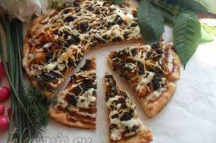 Пицца с капустой и грибами