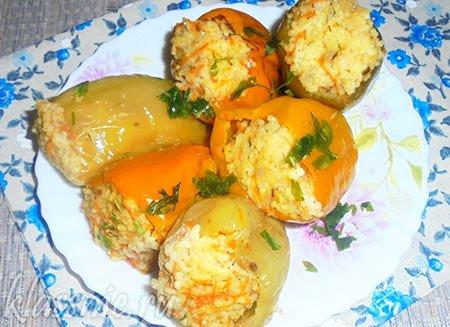 Перец фаршированный кускусом и овощами