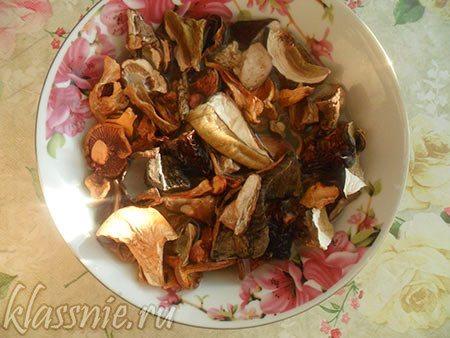 Замоченная смесь грибов