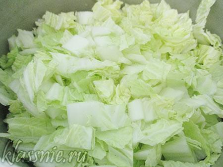 Мелко нарезанная китайская капуста