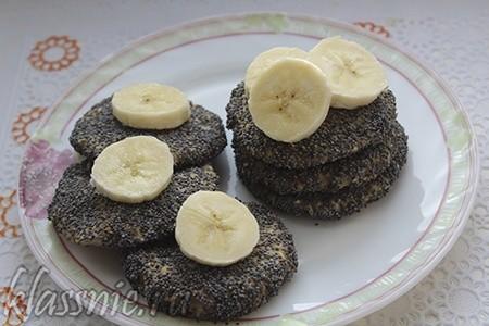 Творожно-банановое печенье в маковой обсыпке