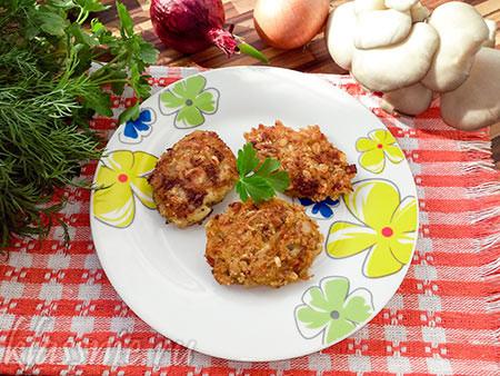 Вегетарианские котлеты из грибов