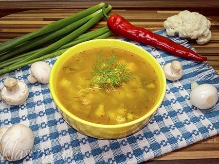 Суп из цветной капусты с грибами: рецепт с фото
