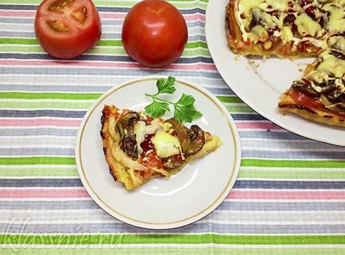 Домашняя грибная пицца