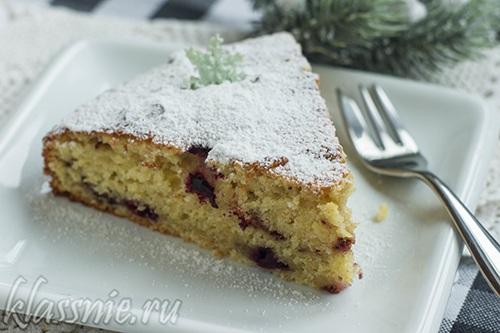 Сладкий пирог на кефире с ягодами в духовке — тесто без яиц