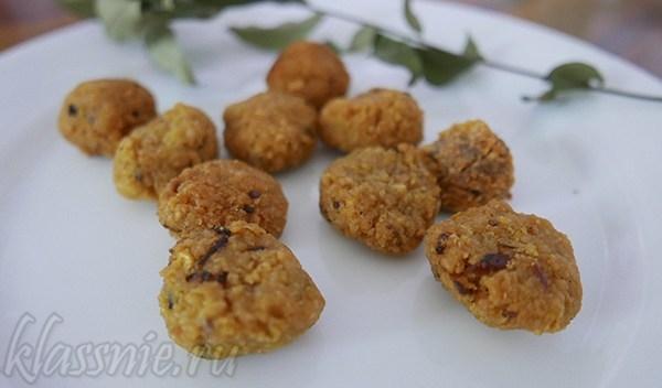 Печенье из чечевицы со специями