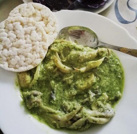 Недофалафель или грибы в соусе из нута и зелени