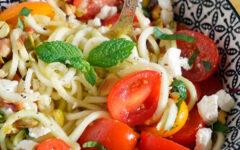 Салат из свежих кабачков и помидоров на каждый день